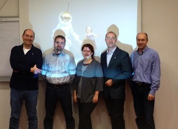 Techcos Kick-Off Gruppenbild mit M. Klicker (ganz li) und G. Grömer (2.v.r)