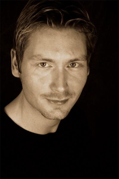 Porträtfoto Oliver Simonsens