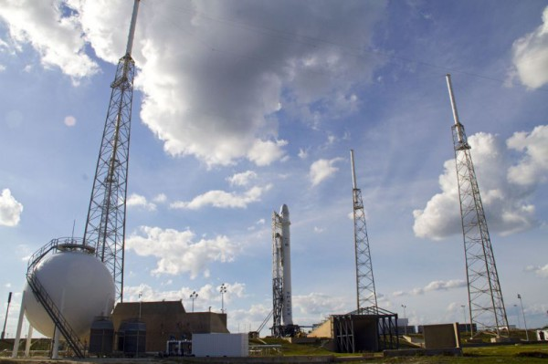 Der Start-Komplex 40 beim Cape Canaveral, Florida. Von hier wird Dragon zur ISS starten. (c) NASA/Cory Huston