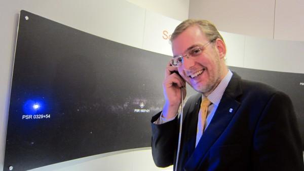 Markus Schmid lauscht den Klang der Sternen